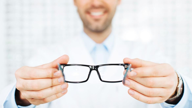 Lenti a contatto solo dai professionisti e dal tuo ottico di fiducia